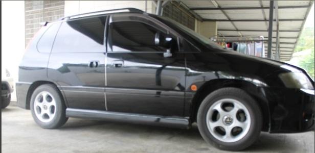 Mitsubishi-RVR-Side-Front