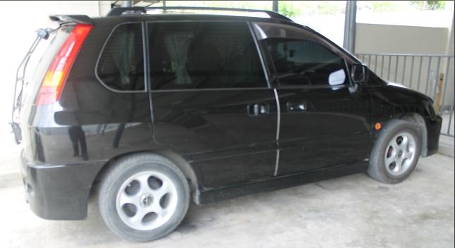 Mitsubishi-RVR-Side