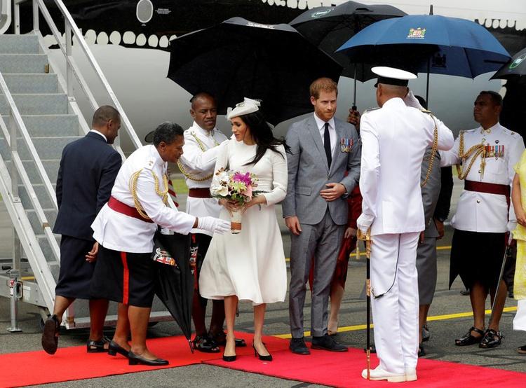 Fijians Love theRoyals
